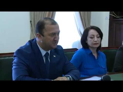 "Embedded thumbnail for Президент Республики Абхазия принял представителей ""Международного фонда Апсны"""